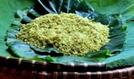 Green-Sticky-Rice-Through-Narrow-Alleys-in-Ha-Noi-1