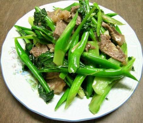Thịt bò xào cải làn