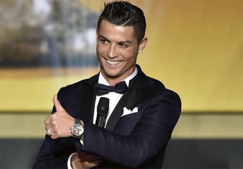 Sau David Beckham, Cristiano Ronaldo là cầu thủ dễ làm phái đẹp mê mẩn nhất. Ảnh: Reuters