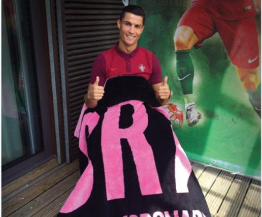 Messi thua xa Ronaldo về khoản kinh doanh thương mại
